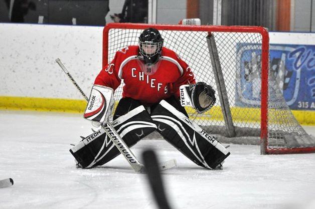 New goalie starts 2-0 for GVSU hockey club