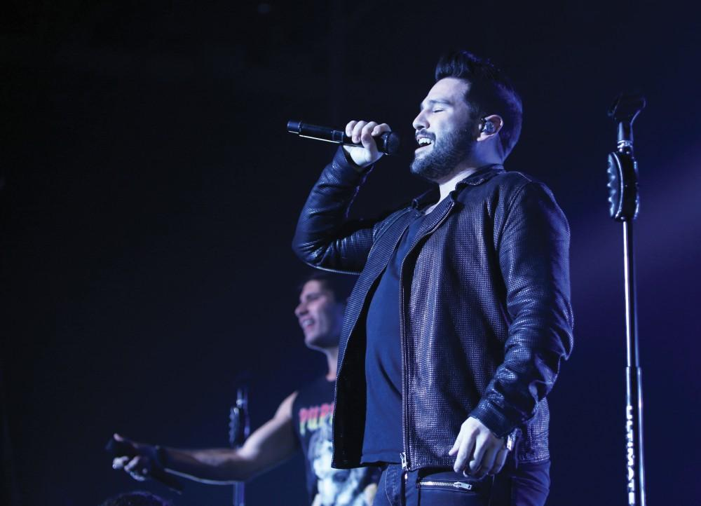 GVL / Emily Frye Award winning country music duo Dan & Shay hit the stage at Grand Valley State University on Thursday April 7, 2016.