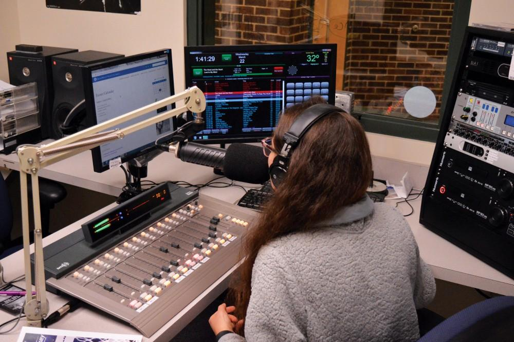 """GVL/Hannah Zajac- Jeana Gondek, senior and host of """"JGatGV"""" on Whale Radio, is pictured during her show on Wednesday, Mar. 22, 2017."""