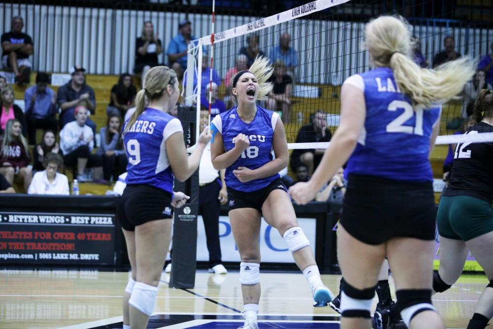 GVL / Emily Frye   Volleyball vs Wayne State University on Tuesday September 19, 2017.