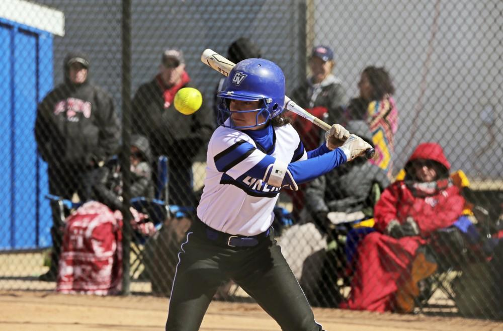 GVSU softball splits series with Lindenwood and WSU; looks to maintain GLIAC dominance