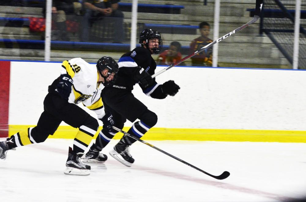Lakers DII club hockey loses 8-2 against top-ranked Aquinas at Van Andel Arena