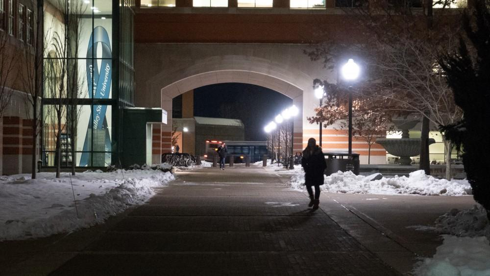 <p>Avoiding sexual assault. 12/1/18. GVSU Allendale Campus. GVL / Ben Hunt</p>