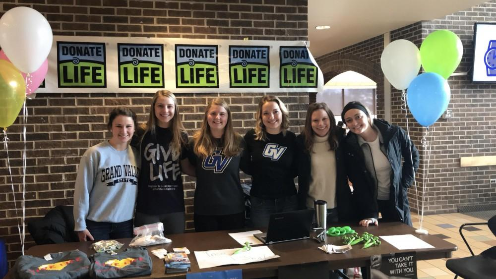 Young Life golf outing raises thousands at GVSU