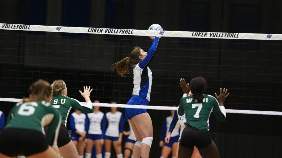 Senior Frankie Cavallaro reveals her hopes for the volleyball season