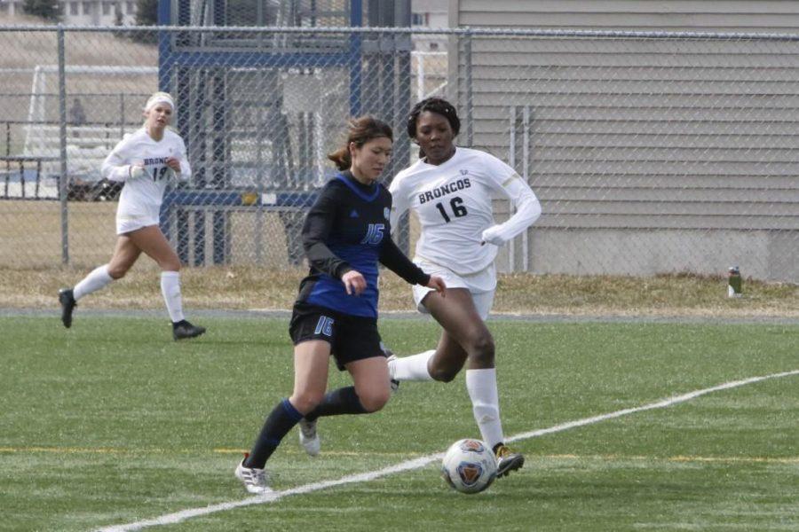 Riko Sagara: GVSU Soccer's point guard on the Pitch