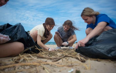 Big Splash Week concludes with beach clean up