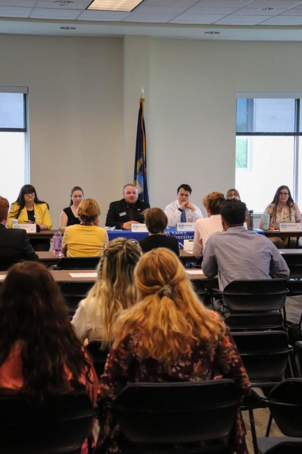 Student Senate President cites accessibility issues in police complaint regarding Board of Trustees