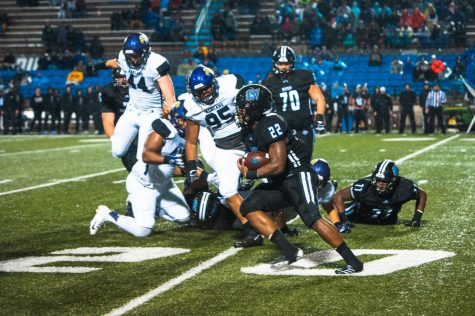 Lights Out: GVSU Football edges Edinboro, starts off season 1-0 at home
