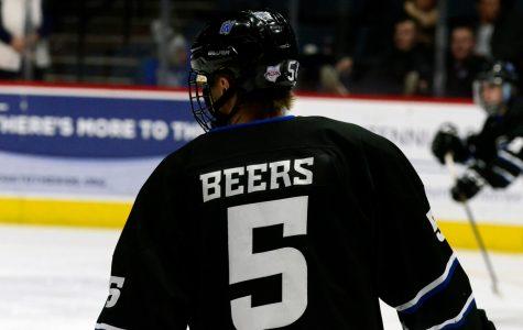 GVSU DII hockey sweeps weekend series with Robert Morris