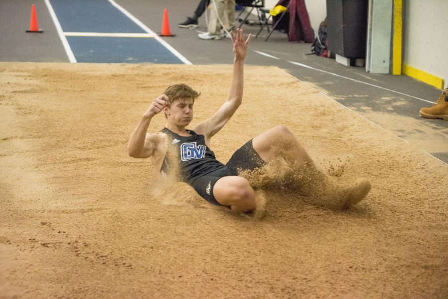 SLIDING+INTO+THE+PIT%3A+The+GVSU+Track+and+Field+team+competed+in+their+first+meet+of+the+semester+and+second+of+the+year+Friday%2C+Jan.+10.+The+Lakers+host+their+next+meet+Jan.+17.+GVL+%2F+Micah+Hill