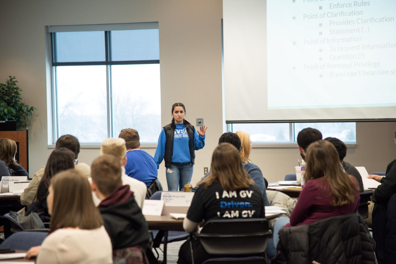 Student Senate discusses internal improvement – Grand ...