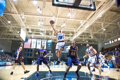 Big game from Gassman ignites comeback win, GVSU Basketball matches win total from last year