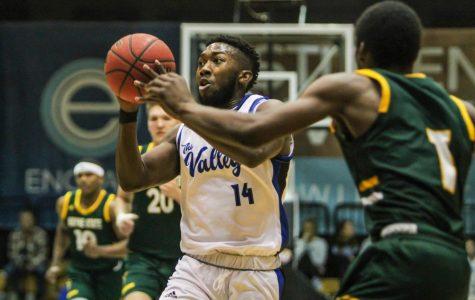 GVSU basketball splits U.P. road trip, remains amongst GLIAC's elite