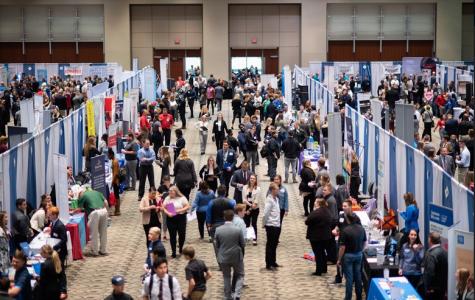 Students create connections at Career & Internship Fair