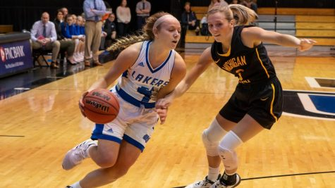 GVSU women's basketball continues to dominate during their undefeated season against LSSU