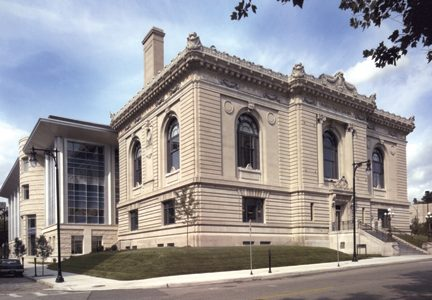 Grand Rapids Public Library adapts to new community needs