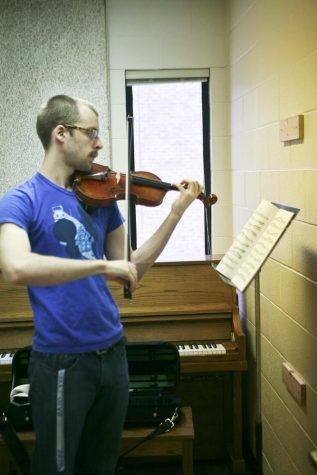 GVSU music faculty tackle challenges presented by online learning