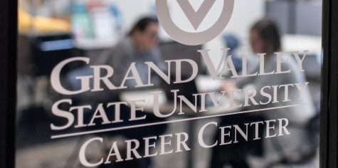 COVID-19 sparks uncertainty in job market, Career Center provides resources