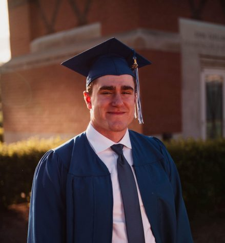 Alumnus offers student loan help via Zoom