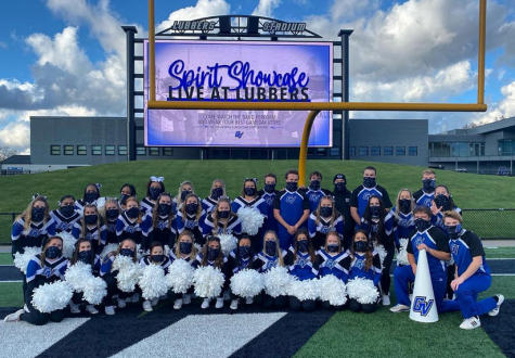 GVSU Cheer joined the Marching Band, Laker Dance Team, and GVSU Pompon for Friday