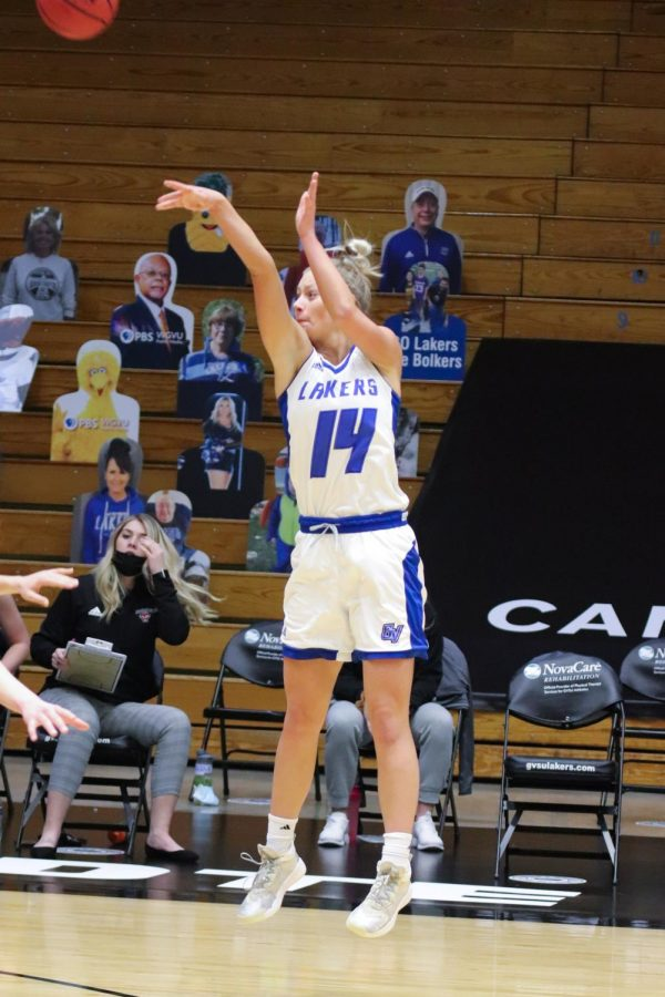 GVSU+Women_s+Basketball+Game+vs+Davenport%2C+2021_RGB-2