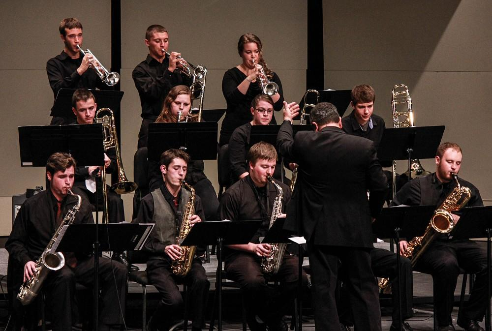 "GVSU Jazz Orchestra prepares ""swingin'"" tunes for their upcoming concert"