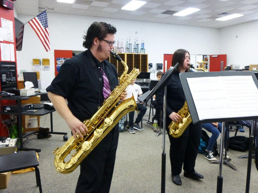 GVL / Claire Fisher - The Yavin IV Saxophone Quartet perform at Eerkshire Middle School in Beverly Hills, MI on May 3, 2016.