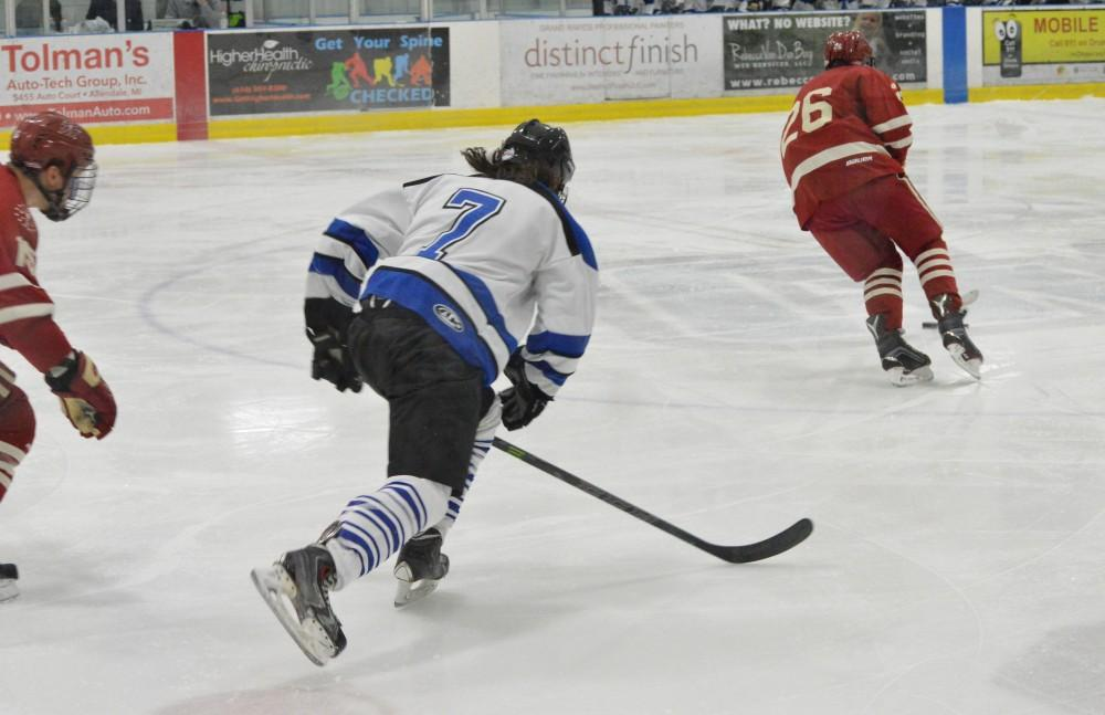 GVL/Hannah Zajac— Cameron Dyde skates plays strong offense against Indiana University at Georgetown Ice Arena on Saturday 13 Jan 2017.