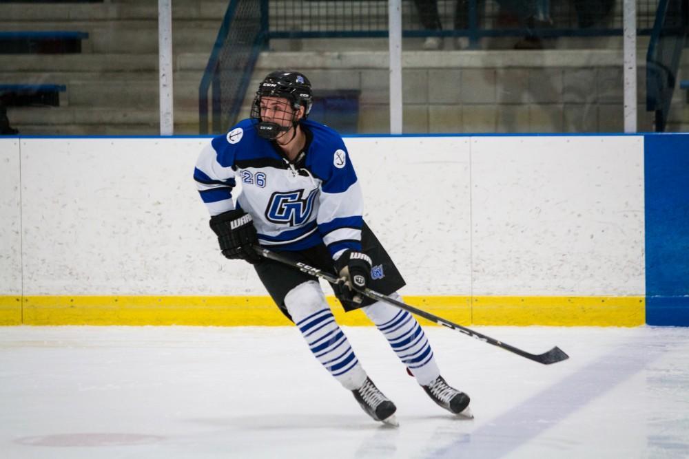 GVSU DII hockey tops Davenport on senior night, honors late referee