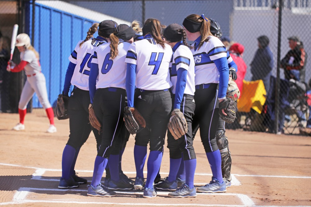Softball vs SVSU on Sunday March 25th, 2018. GVL / Archive