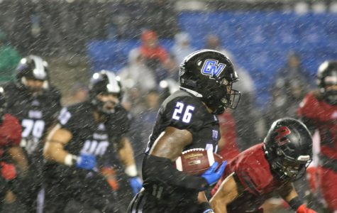 Rally through the rain: GVSU Football edges Davenport to win homecoming game
