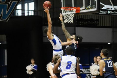 GVSU men's basketball wins season opener by double digits