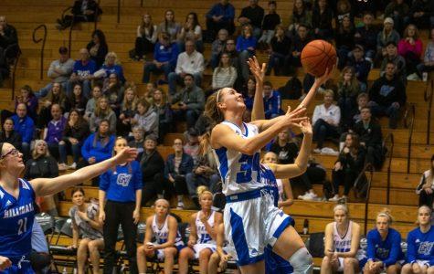 GVSU women's basketball beats Hillsdale to remain undefeated