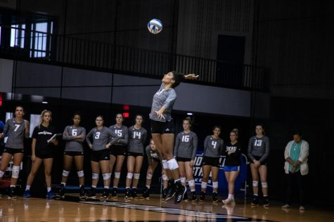 GLIAC Freshman of the Year Jaeli Primus reflects on 2019 GVSU Volleyball season
