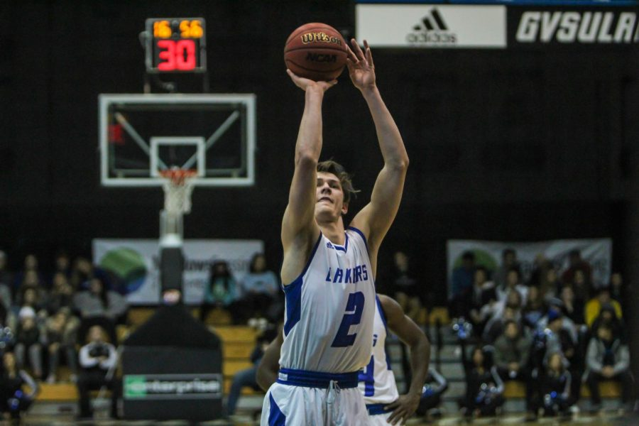 Don't call it a comeback: GVSU Basketball overcomes 13-point deficit with 6:00 left to earn overtime win