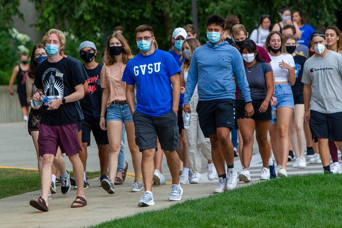 GVSU Students during move-in week 2020 // Courtesy to mlive.com
