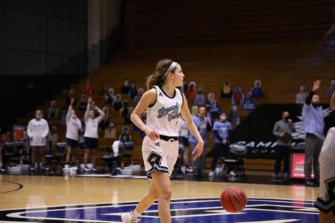 GV Women's Basketball ends regular season with a win after three game losing streak