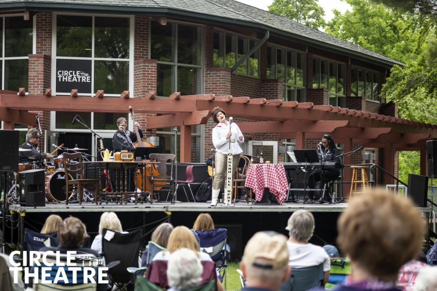 The return of local theatre in GR is highlighted by Always...Patsy Cline performance