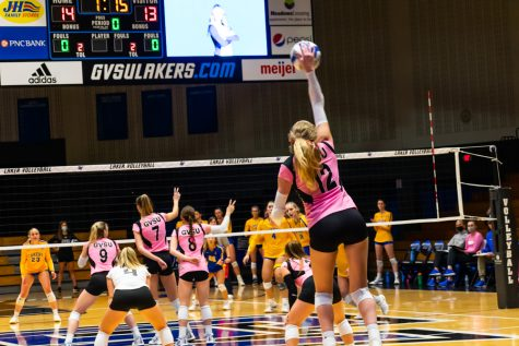 GV volleyball duo dominates annual 'Dig Pink' match